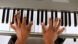 Quicklessons Piano Course - Learn to Play Piano by Ear! Udemy Coupon & Review