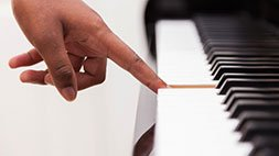 Piano Lessons for Beginners Made Easy Udemy Coupon & Review