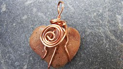 Jewelry Making: Wire Wrapping Found Objects & Unusual Shapes Udemy Coupon & Review